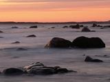 Erratics at Sunset Fotografisk tryk af Raymond Gehman