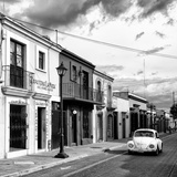 ¡Viva Mexico! Square Collection - Colorful Facades and White VW Beetle Car V Fotografisk tryk af Philippe Hugonnard