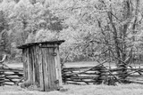 Outhouse, Pioneer Homestead, Great Smoky Mountains National Park, North Carolina Fotografisk trykk av Adam Jones