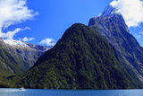 A Cruise Ship on the Waters of Milford Sound in the South Island of New Zealand Reproduction photographique par Paul Dymond