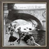 Rock 'n Roll sur les quais de Paris Affiches par Paul Almasy
