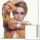 Vogue - March 1967 - Flower Power Twiggy Wall Art by Bert Stern
