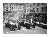 Le depart du Grand Prix de Monaco 1932 Giclee Print by Charles Delius