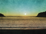 Sao Martinho Sunset Giclee Print by Pete Kelly