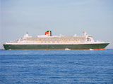 2004 Queen Mary II ocean liner Photographic Print