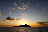 Scenic View of Mamanuca Islands During Sunset in Fiji Photographic Print by Jill Schneider