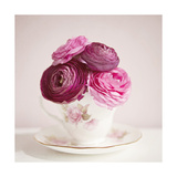 Tea Cup Posies Art by Susannah Tucker