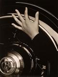 Georgia O'Keeffe, Hand on Back Tire of Ford V8, 1933 Kunstdrucke von Alfred Stieglitz