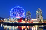 Vancouver Science World at Night, Vancouver, British Columbia, Canada. this Building Was Designed F Fotografisk trykk av  jiawangkun