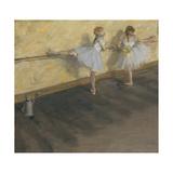 Dancers Practicing at the Barre Pôsters por Edgar Degas