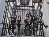 KISS - Buckingham Palace 1976 キャンバスプリント :  Epic Rights