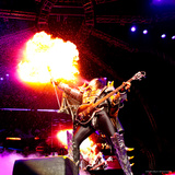 KISS - 40th Anniversary Tour Live - Gene Simmons Demon Spitting Fire キャンバスプリント :  Epic Rights