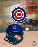 Chicago Cubs - '05 Logo / Cap and Glove Photo