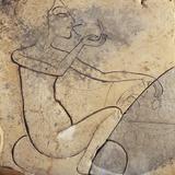 Relief coulé d'une princesse égyptienne mangeant un canard Photographie