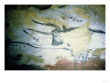 Rock Painting of a Bull with Long Horns, the Hall of Bulls, circa 17000 BC Giclee Print