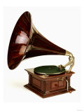 An His Master's Voice Monarch Gramophone, with Oak Case and Fluted Oak Horn, circa 1911 - Giclee Baskı