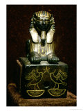 Statuette of a Sphinx of King Tuthmosis III, New Kingdom, circa 1490-1439 BC Giclee Print by 18th Dynasty Egyptian