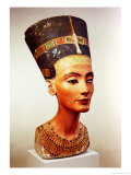 Bust of Queen Nefertiti, from the Studio of the Sculptor Thutmose at Tell El-Amarna Giclee Print by 18th Dynasty Egyptian