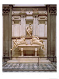 Dusk and Dawn from the Tomb of Lorenzo De Medici, Designed 1521, Carved 1524-34 Giclee Print by  Michelangelo Buonarroti