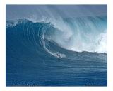 Shaun Dickson surfing Jaws, Maui / D Photographie par  Himani