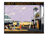 Great Yarmouth & Gorleston on Sea Giclee Print by Henry George Gawthorn