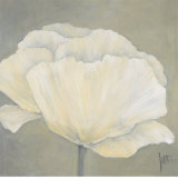 Poppy in White I Art by Jettie Roseboom