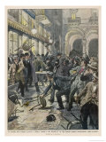 Striking Workers Battle Bourgeois Cafe Clientele in Milan Italy Gicleetryck av Achille Beltrame