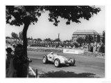 Rudolf Caracciola for Mercedes at the Hungarian Grand Prix in Budapest Premium Giclee Print