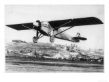 "Charles Lindbergh in the ""Spirit of St. Louis"" Sets off from New York Premium Giclee Print"