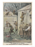 British Women Soldiers Do Some Carpentry Giclee Print