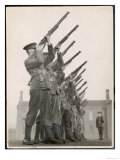 British Soldiers on Rifle Practice Giclee Print