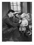 Medical Examination 1940 Reproduction procédé giclée