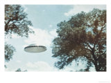 UFO from Coma Berenices Premium Giclee Print by Paul Villa