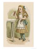 "Alice Holds the Bottle Which Says ""Drink Me"" on the Label Lámina giclée por Tenniel, John"