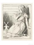 Alice Watches the White Rabbit Disappear Down the Hallway Lámina giclée por Tenniel, John