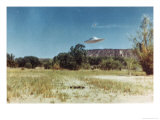 Not a UFO Premium Giclee Print by Paul Villa