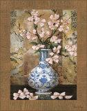 Ming Vase II Print by  Di Grazzia