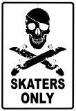 Tylko dla jeżdżących na deskorolce (Skaters Only) Plakietka emaliowana