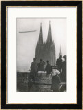 Excited Spectators Watching a Zeppelin Z111 Fly Over Cologne Cathedral Germany Print