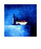 Stillleben in Blau I Kunstdrucke von Anouska Vaskebova