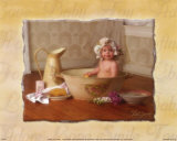 B&#233;b&#233; dans son bain Affiches par Lisa Jane
