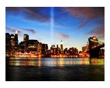 Hommage en lumières - Commémoration annuelle du 11septembre à New York Reproduction procédé giclée par New Yorkled