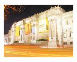 The Metropolitan Museum of Art Under the Dark Night Sky Reproduction procédé giclée par New Yorkled