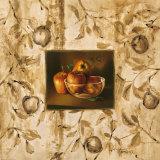 Manzanas en la Mesa Prints by Raul Tamaris