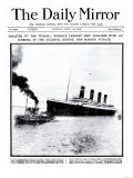 Disaster to the Titanic: Worlds Largest Ship Collides with Iceberg During Her Maiden Voyage Reproduction procédé giclée