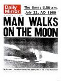 Man Walks on the Moon Giclee-trykk