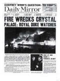 Fire Wrecks Crystal Palace: Royal Duke Watches Reproduction procédé giclée