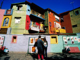 Street Market and Colourful Buildings, La Boca, Buenos Aires, Argentina 写真プリント : トム・コックレム