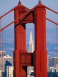 Golden Gate Bridge Tower and Transamerica Building, San Francisco, California, USA Fotografie-Druck von Roberto Gerometta