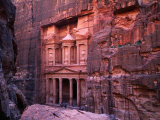 The Facade of the Treasury (Al-Khazneh), Petra, Ma&#39;An, Jordan Photographie par Anders Blomqvist